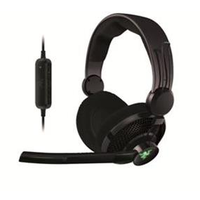 Razer Carcharias Gaming Headset for PC and Xbox 360 (RZ04-00900100-R3U1) (P)