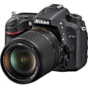 Nikon D7100 DSLR Camera with 18-140mm VR DX Lens
