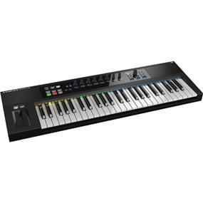 Native Instruments Komplete Kontrol S49 - MIDI Controller